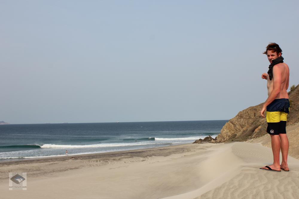 Punta chivo surf Camp in Salina Cruz, Oaxaca, Mexiko.  Schauen  Sie jetzt vorbei www.puntachivosurfcamp.com Weltklasse rechte Wellen, 15 verschiedene Strände, keine Menschenmassen, keine Neoprenanzüge. Ohne Frage Welche der besten Wellen auf  der ganzen