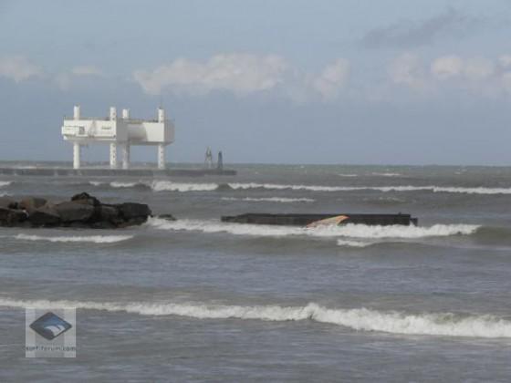 Wellenkraftwerk vor DK www.surfersdreamland.de